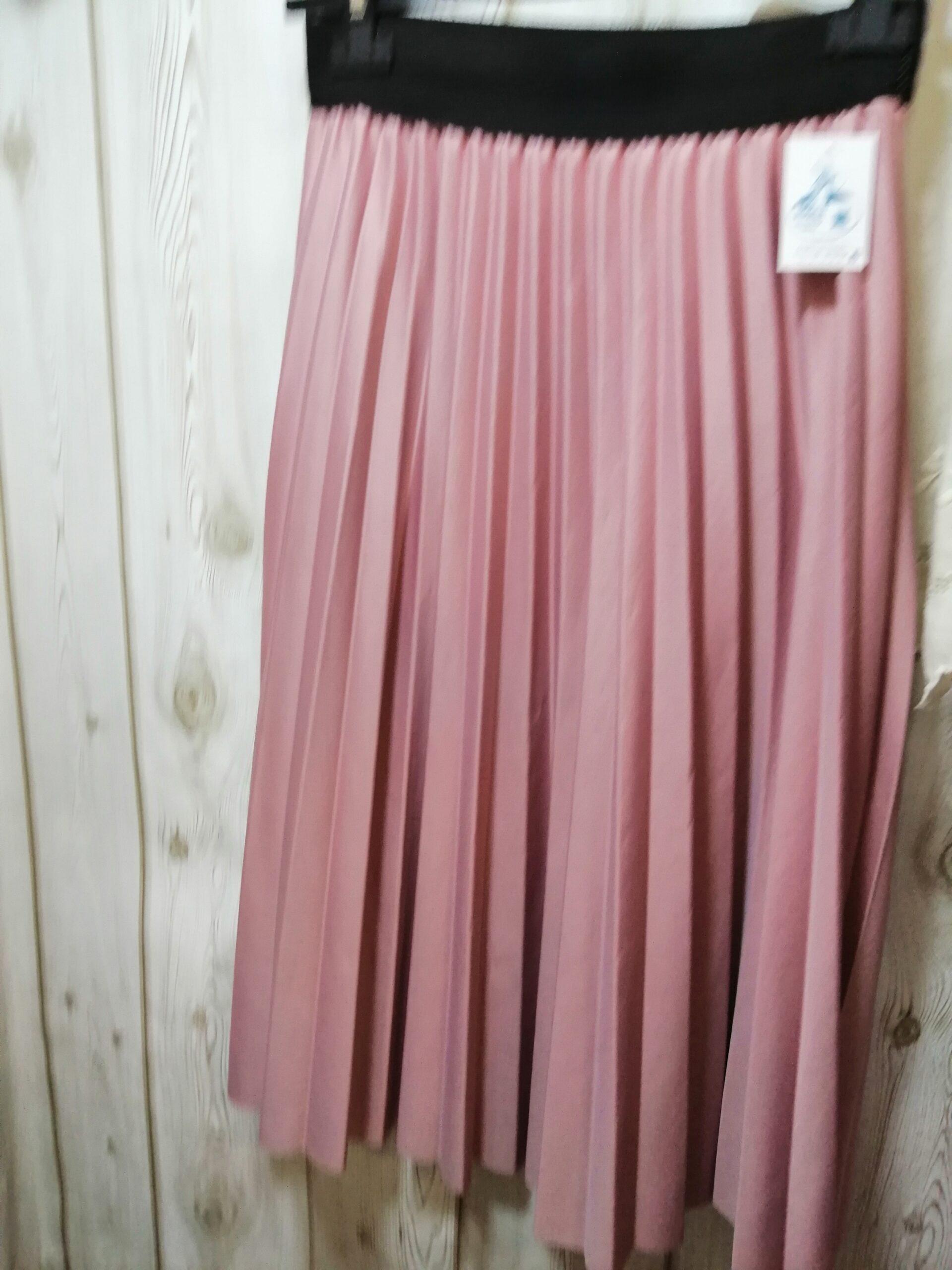 Falda plisada rosa palo D240
