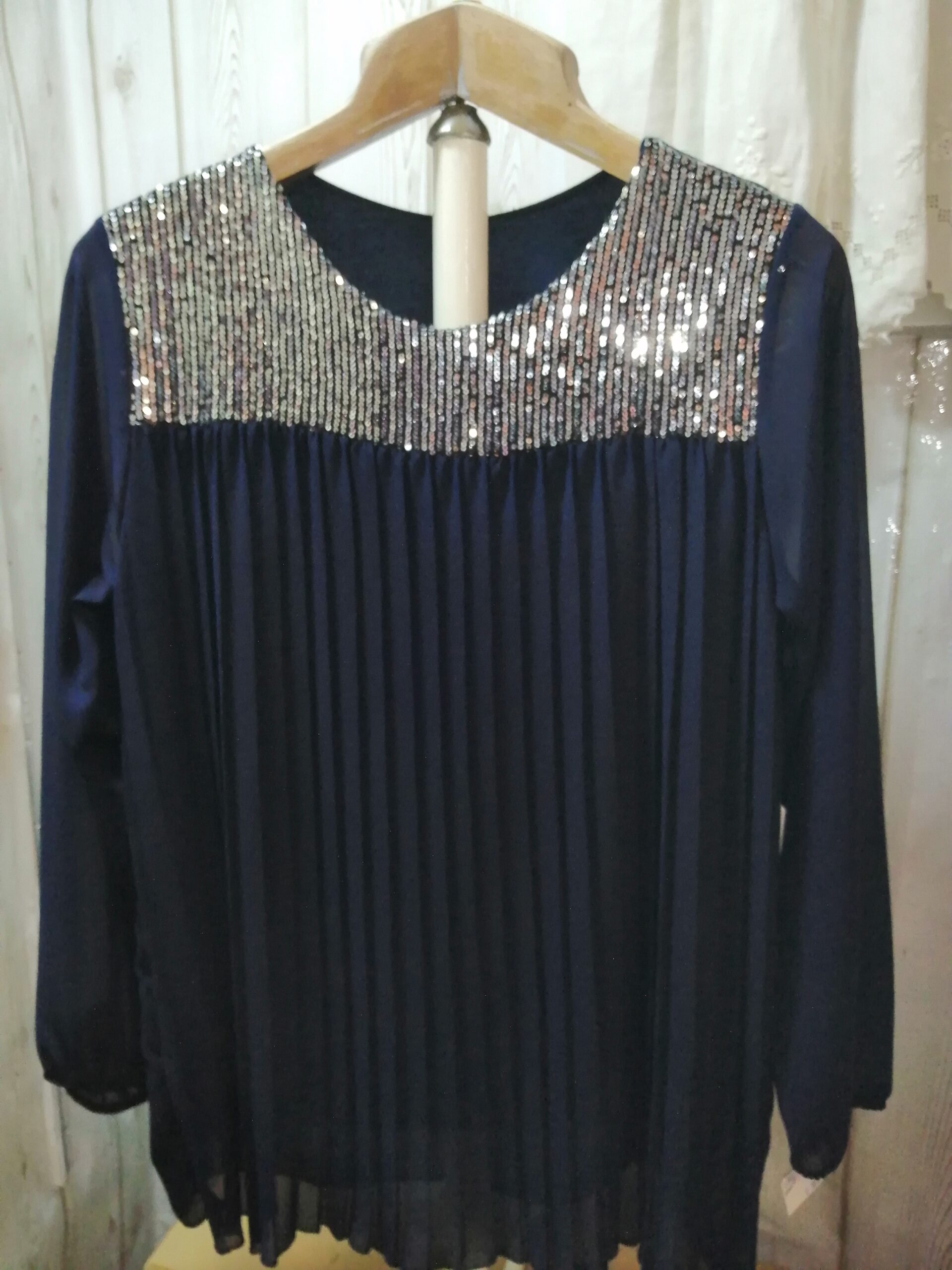 Blusón vestir marino/plata plisado sra 736
