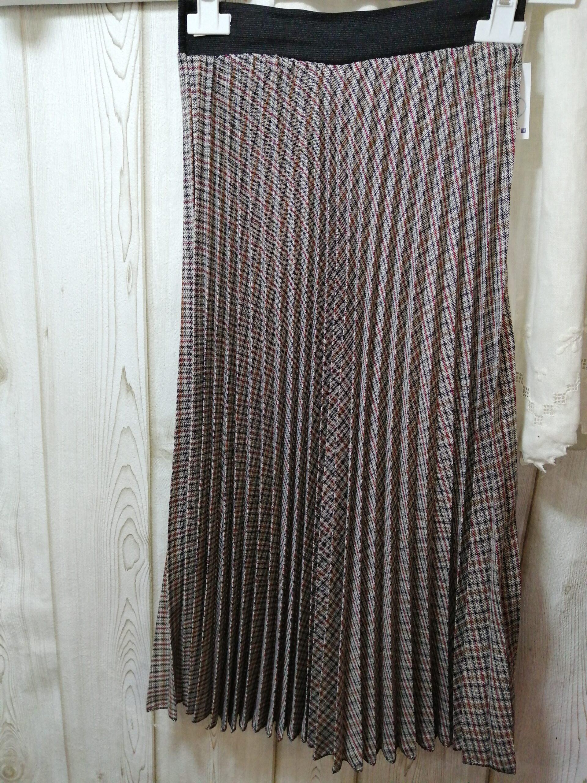 Falda plisada cuadros D330