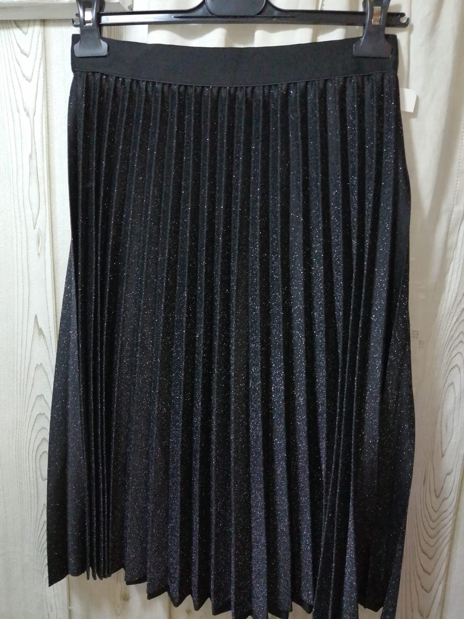 Falda plisada negra con brillo V585