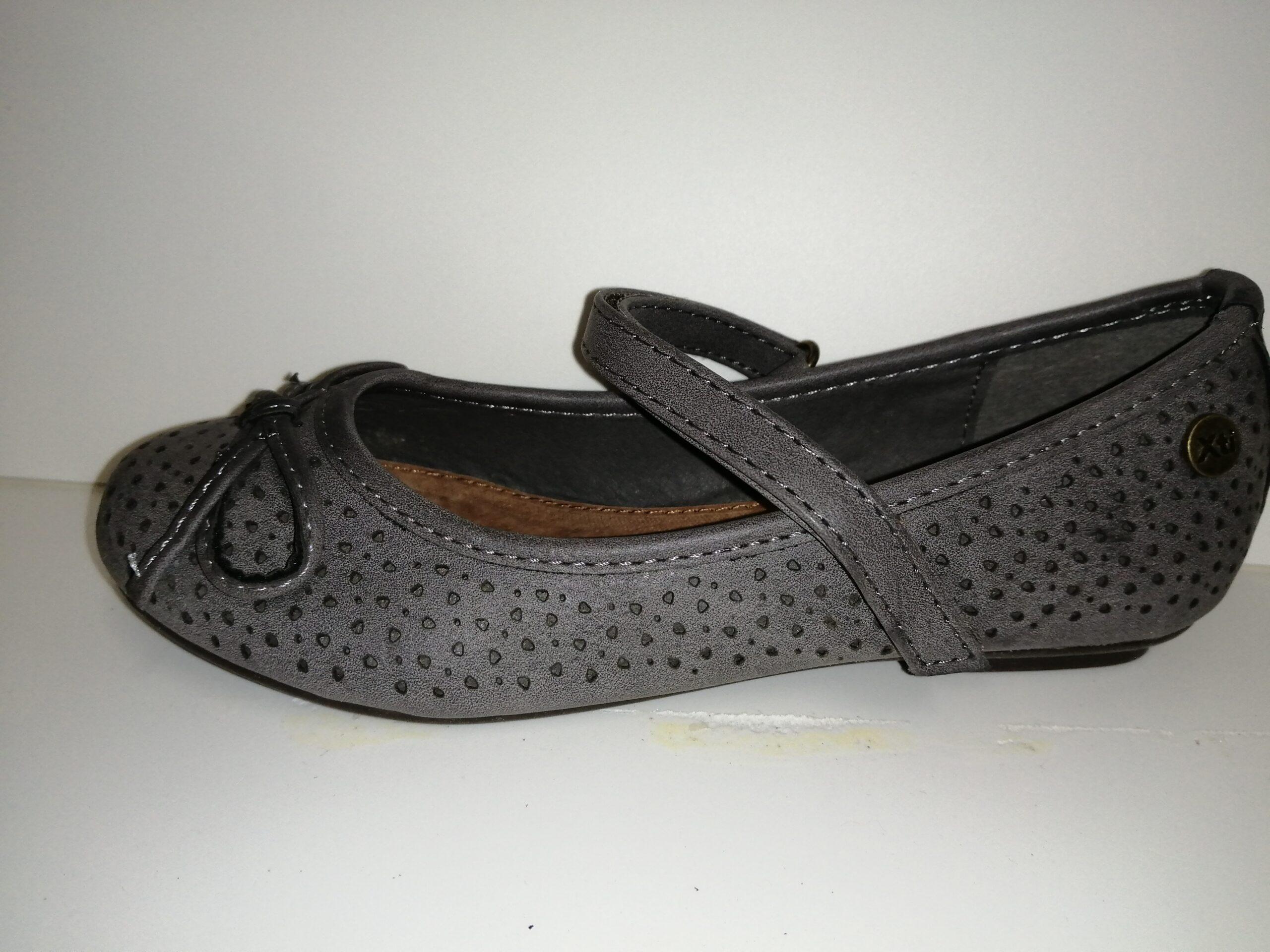Zapato niña gris velcro 52543 XTI