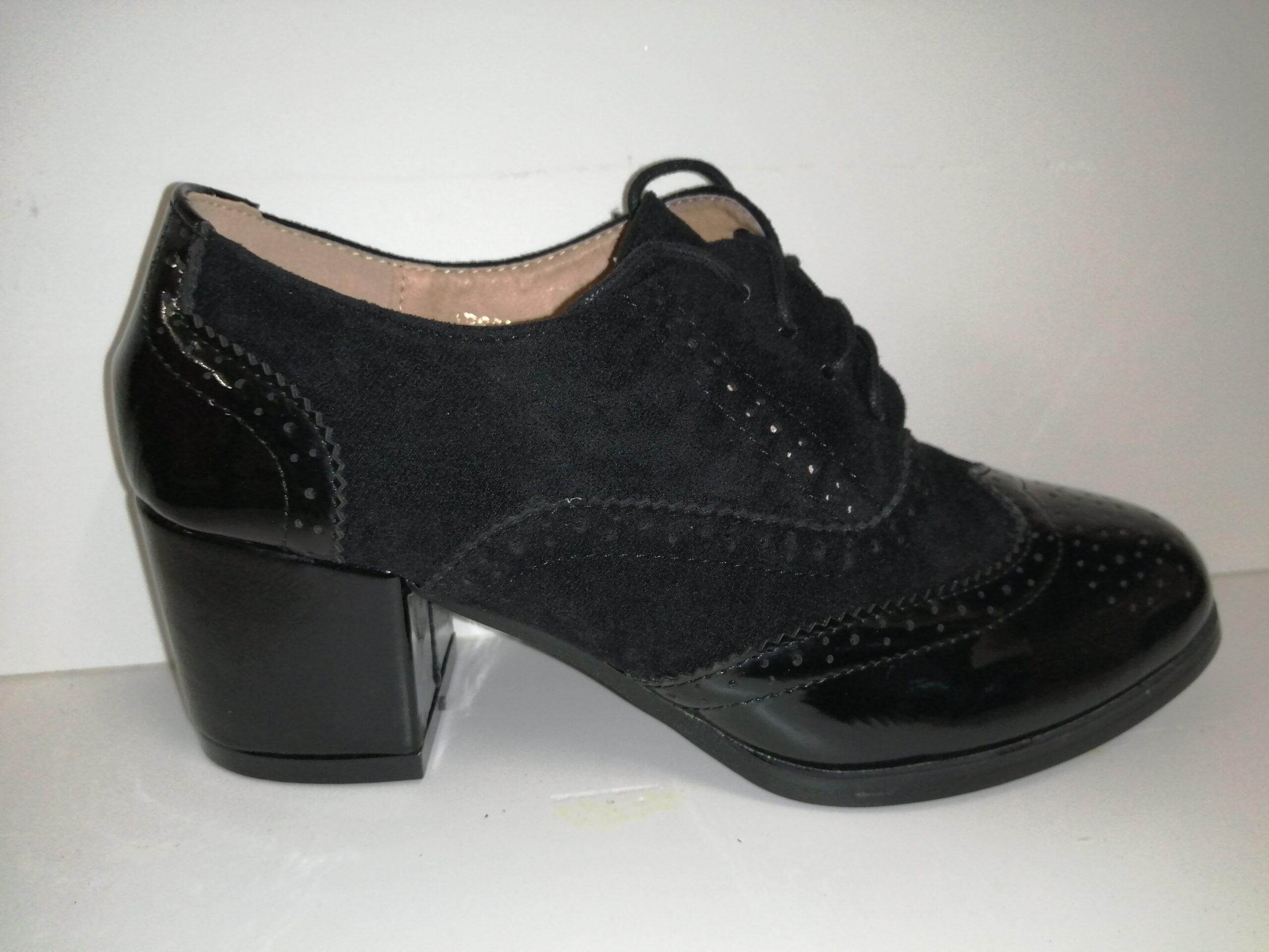 Zapato cordones tacón AB662