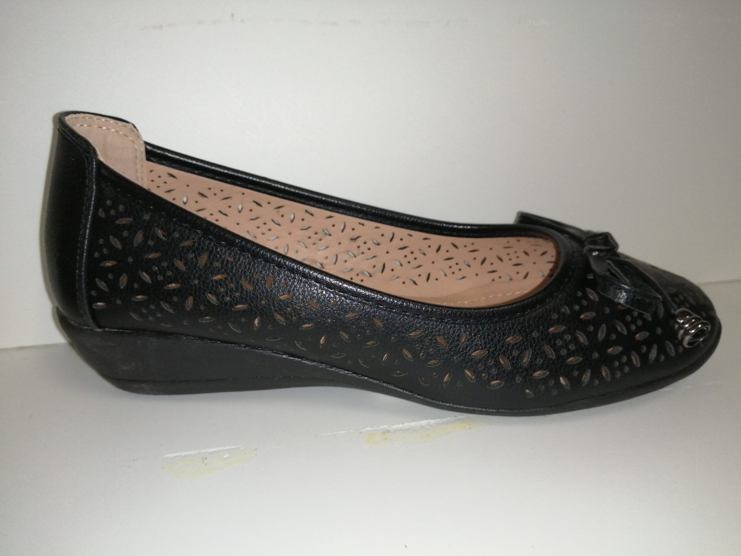 Zapato sra bailarina negra calada sra BL1728