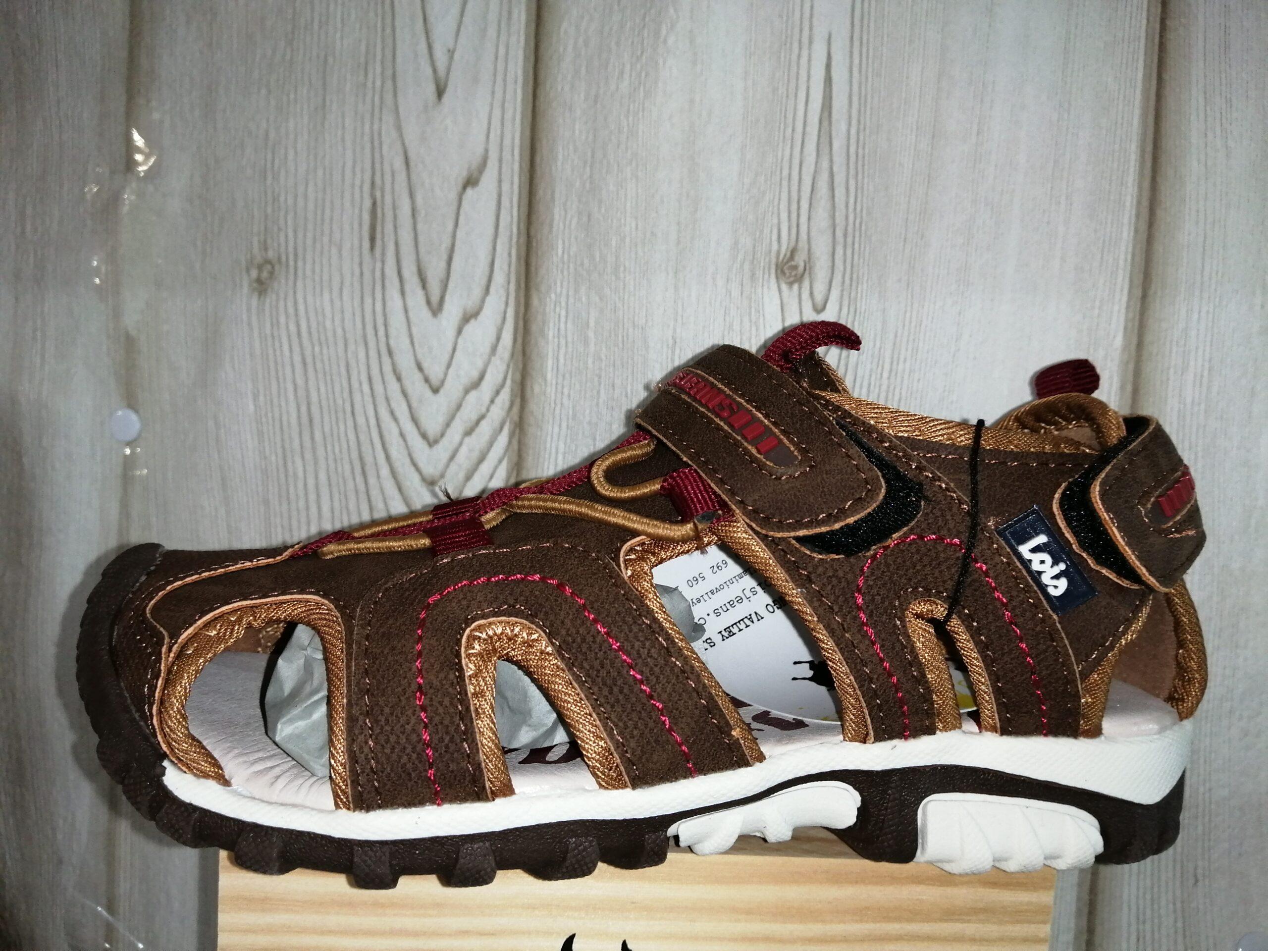 Sandalia deportiva trekking LOIS 63120